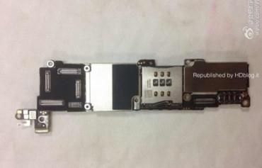 iPhone 5C - Placa Base - 1